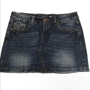 Vigoss Denim dark wash mini skirt size 1